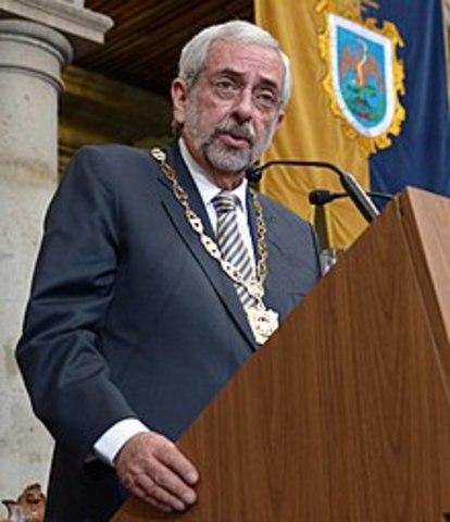 Enrique Graue Wiechers toma posesión de la rectoría de la UNAM
