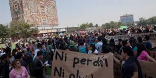 Mega Mitin en la UNAM