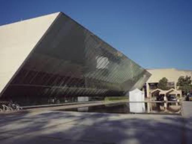 Inauguración del Centro Cultural Universitario.