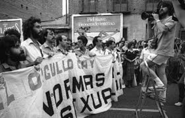AÑO 1977-ESPAÑA