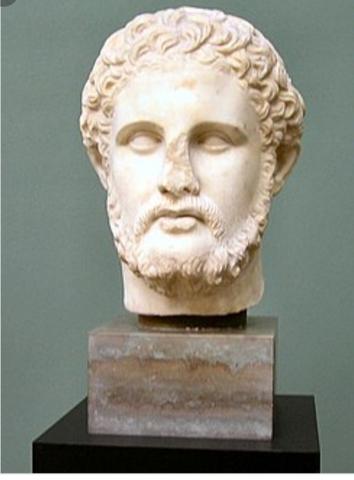 Filipo    muere y le sucede a su hijo Alejandro