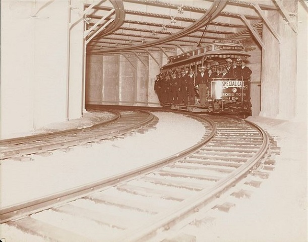first subway in america built in Boston