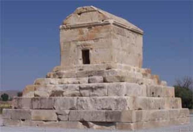 Fundació de l'imperi persa.