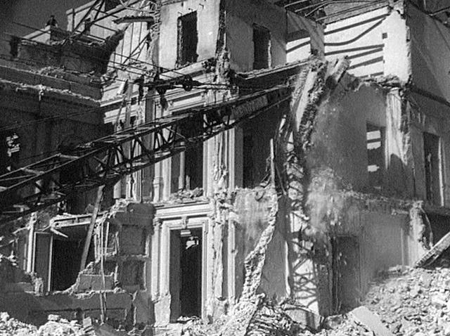 Destrucción de los palacios
