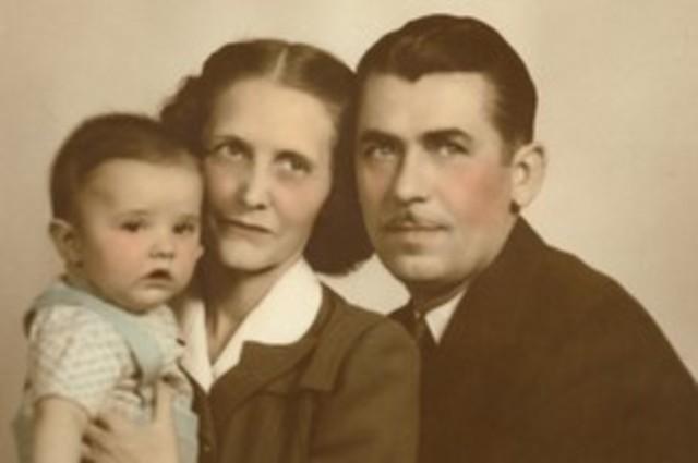 ¿Cuando naciste? y ¿quienes fueron tus padres?