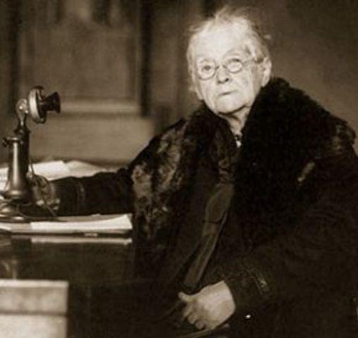 GA: The first woman U.S. Senator.