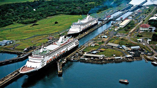 Us buys Panama Canal
