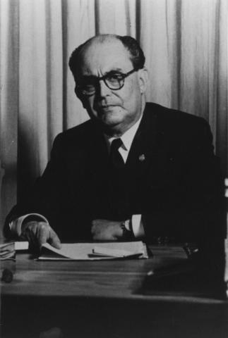 Rector Dr. Ignacio Chávez