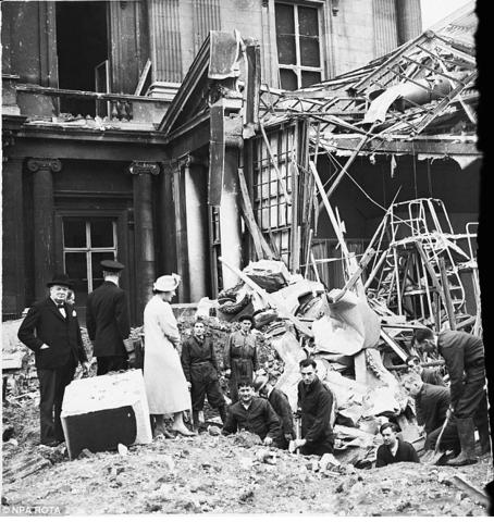 Le Royaume-Uni tient bon : la bataille d'Angleterre (juin-septembre 1940)
