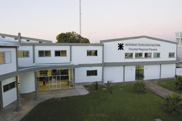 Abre sus puertas la FRP (Facultad Regional Paraná)