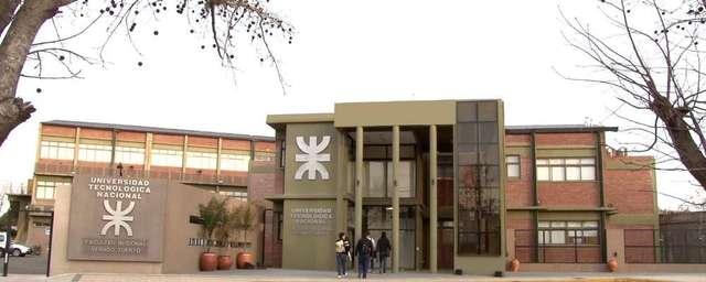 Abre sus puertas la FRVT (Facultad Regional Venado Tuerto)
