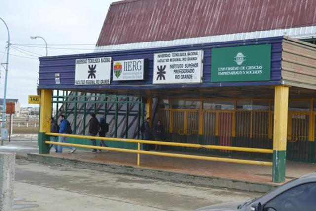 Abre sus puertas la FRTF (Facultad Regional Tierra del Fuego)