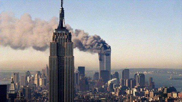 Ataques terroristas contra el World Trade Center de Nueva York y el pentágono de Washington DC