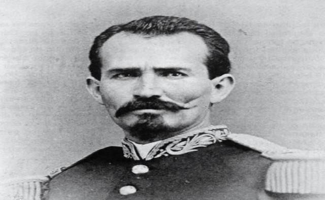 Manuel González, presidente