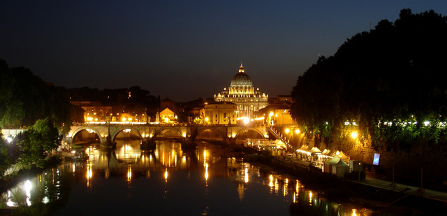 Italia anexiona Fiume