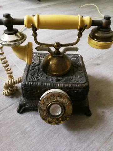 Penetración del Teléfono en las familias.