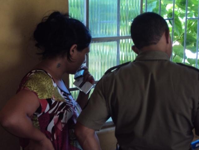 Casal é preso por tráfico de drogas em hotel de Arcos