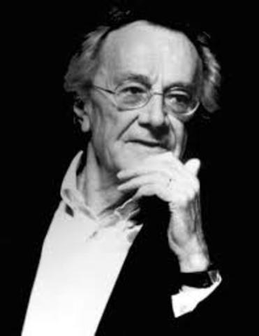 Jean-Francois Lyotard eleva el término de «sociedad posmoderna» a la dignidad de concepto filosófico en La condición postmoderna