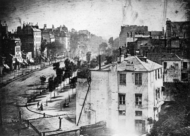 1838 – Daguerreotype
