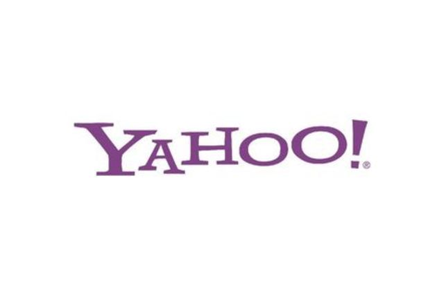Yahoo! Lets Users Search the Web