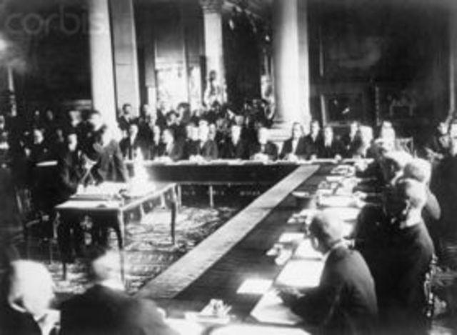 La paz con Turquía: el tratado de Sevres.