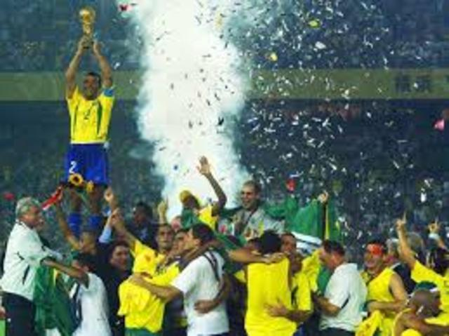 Brasil gana su 5 copa del mundo
