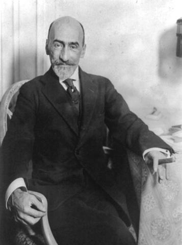 En 1922