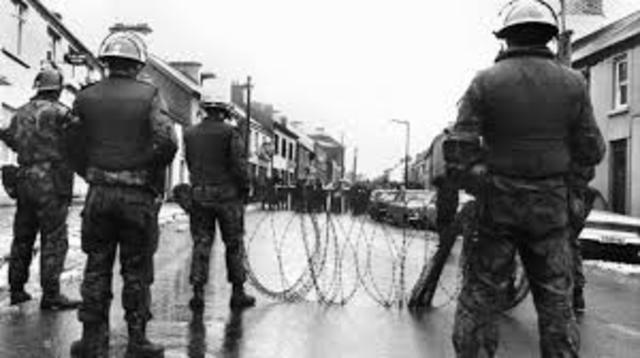Straßenschlachten in Nordirland