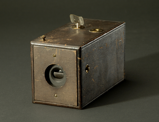"""Introduction of """"The Kodak"""", first hand held camera"""