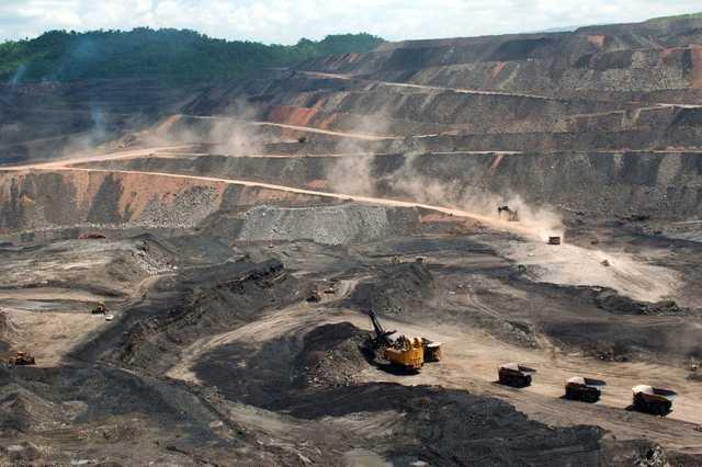 explotación minera e industria