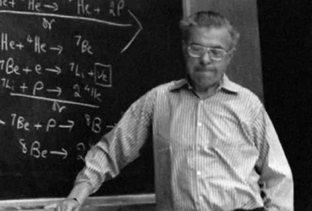 "Sir Fred Hoyle Coined Term ""Big Bang"""