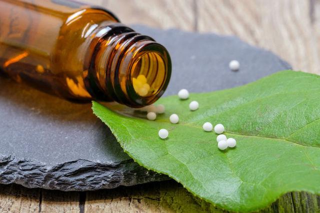 Prácticas y tratamientos relacionados de la medicina homeopatica