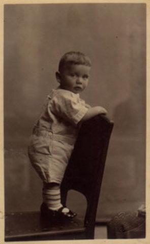 Ralph H. Baer is born