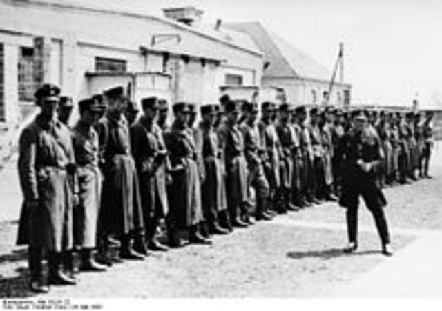 Ouverture du camp de Dachau