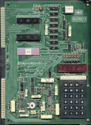 KIM-1Keyboard Input Monitor (Monitor de Entrada de Teclado)