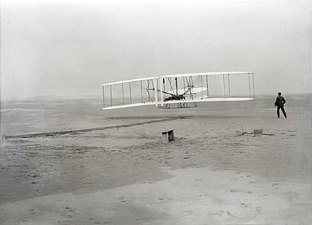 First flight of the Wright Flyer I, December 17, 1903