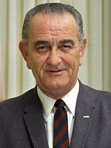 Nixon Freezes Wages