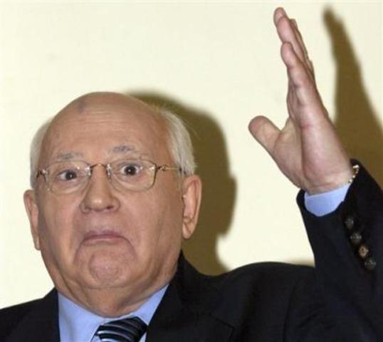 gorbachev tries reform