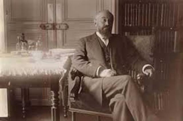 Pierre Janet (1859-1947).