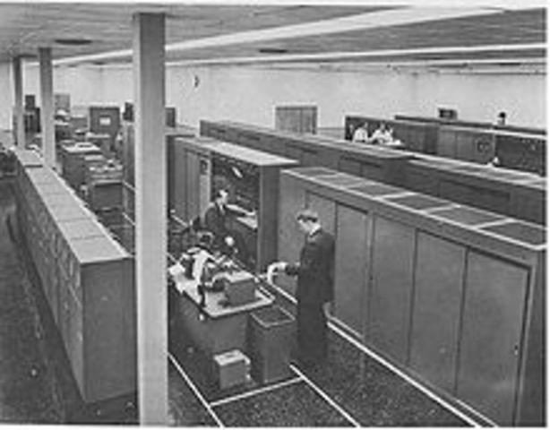 El UNIVAC 1103