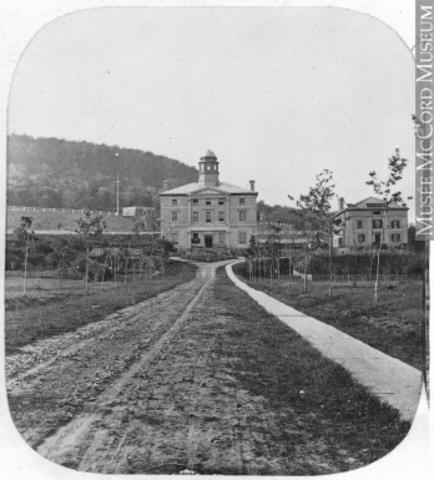 Création de l'Université McGill