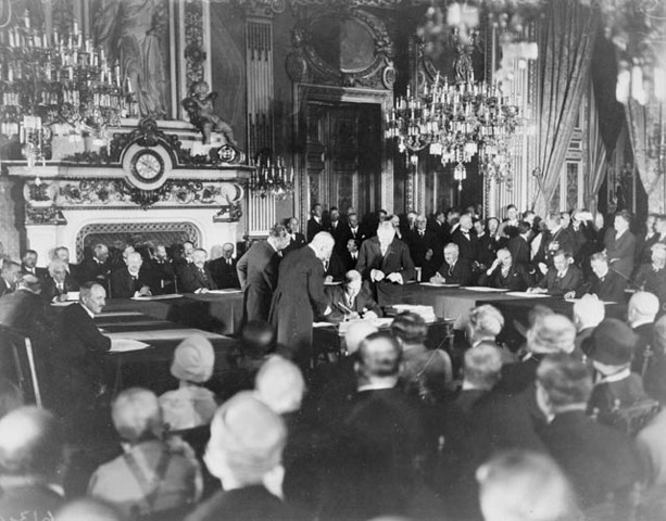 U.S. and 61 other countries sign Kellogg-Briand Pact