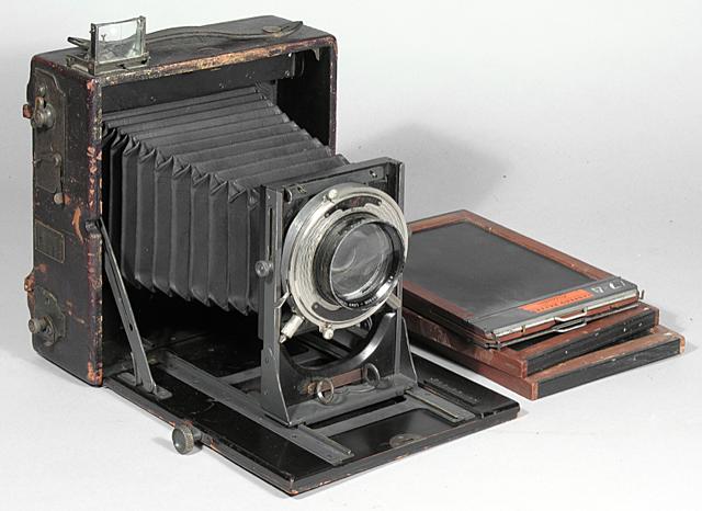 Stieglitz, primera cámara portátil y editor adjunto