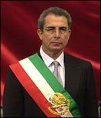 Ernesto Zedillo es inaugurado presidente de Mexico