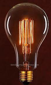 Thomas A. Edison fabrica la lámpara incandescente