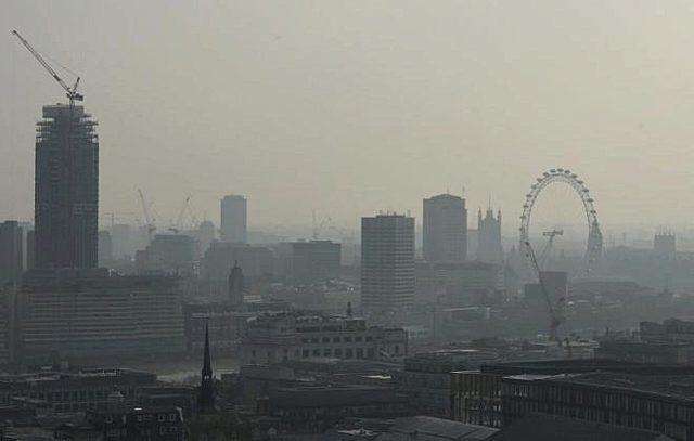 Londres enfrenta su primer crisis ambiental
