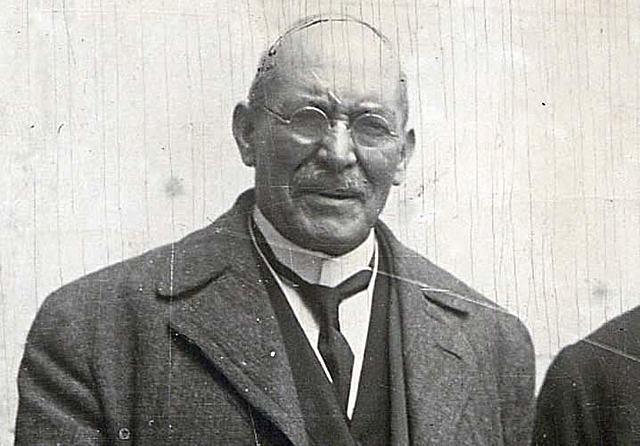 Pedro Lascuráin nombra a Victoriano Huerta secretario de gobernación.