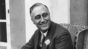 Franklin Delano Roosevelt es electo presidente de los Estados Unidos de América