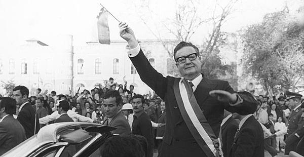 Salvador Allende llega a la presidencia