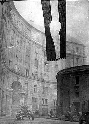 Se termina una revuelta anticomunista en Hungría